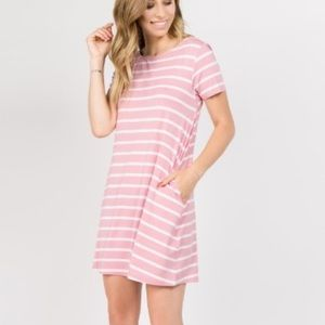 Pink and withe striped dress 💝 Only 1 left!!